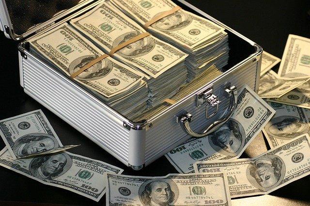 確定拠出年金の商品選びポイント3:純資産総額が大きいものを選ぶ